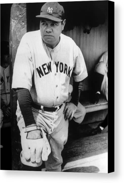 1930s Candid Canvas Print featuring the photograph Babe Ruth In The New York Yankees by Everett