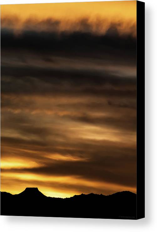 Sunset Canvas Print featuring the photograph Cerro Pedernal by Britt Runyon