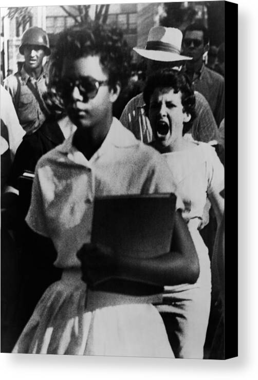 History Canvas Print featuring the photograph Elizabeth Eckford, One Of The Nine by Everett