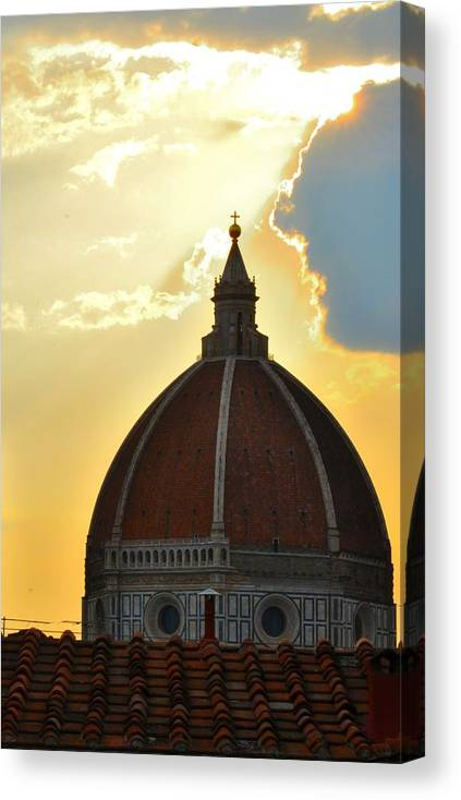 Florence Duomo Dawn Canvas Print featuring the photograph Breaking Dawn by Z N Wiseman