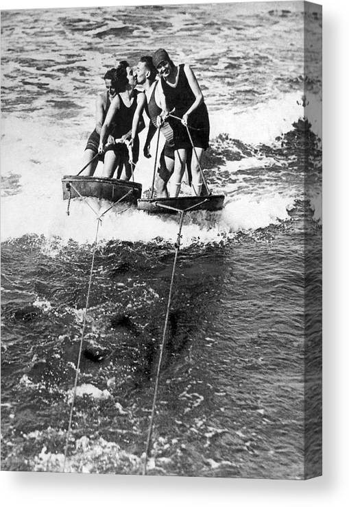 1920s Canvas Print featuring the photograph Sf Aquaplane Lovers by Underwood Archives