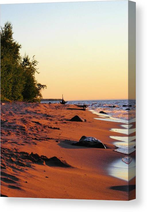 Beach Canvas Print featuring the photograph The Sands of Dusk by Peter Mowry