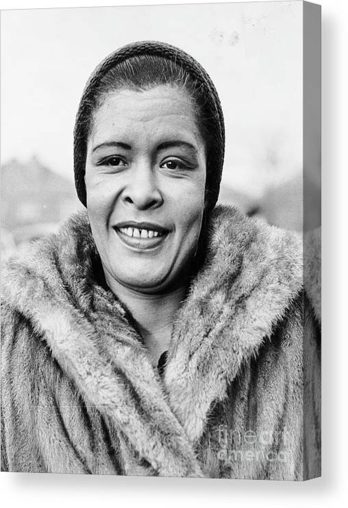 People Canvas Print featuring the photograph Bilie Holliday Wearing Fur Coat by Bettmann