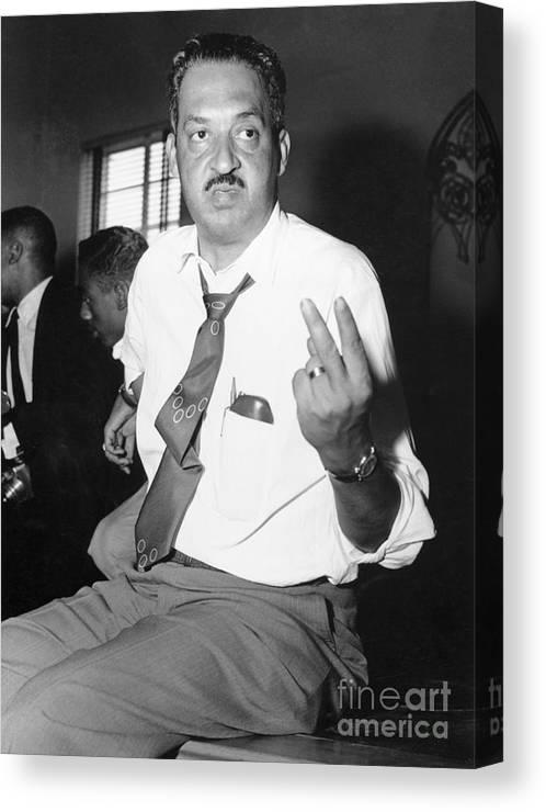 Atlanta Canvas Print featuring the photograph Thurgood Marshall At Naacp Meeting by Bettmann