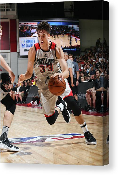 Nba Pro Basketball Canvas Print featuring the photograph Zach Collins by Noah Graham