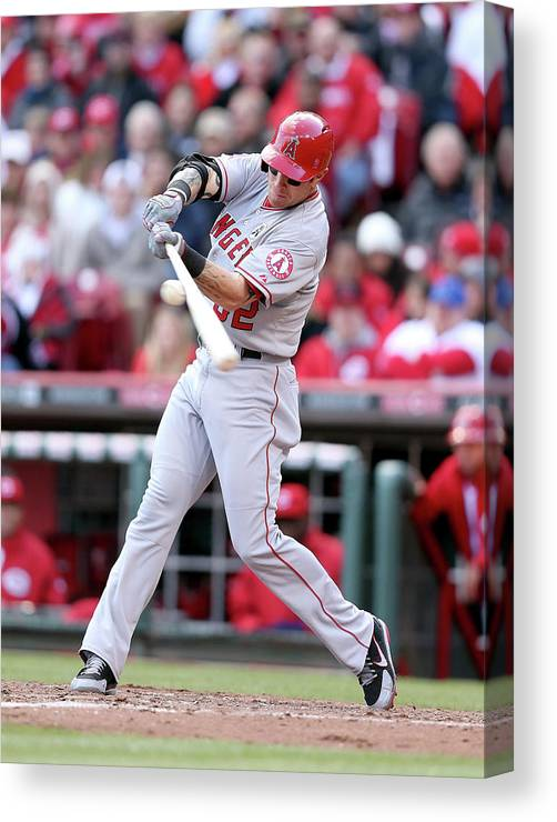 Great American Ball Park Canvas Print featuring the photograph Josh Hamilton by Andy Lyons