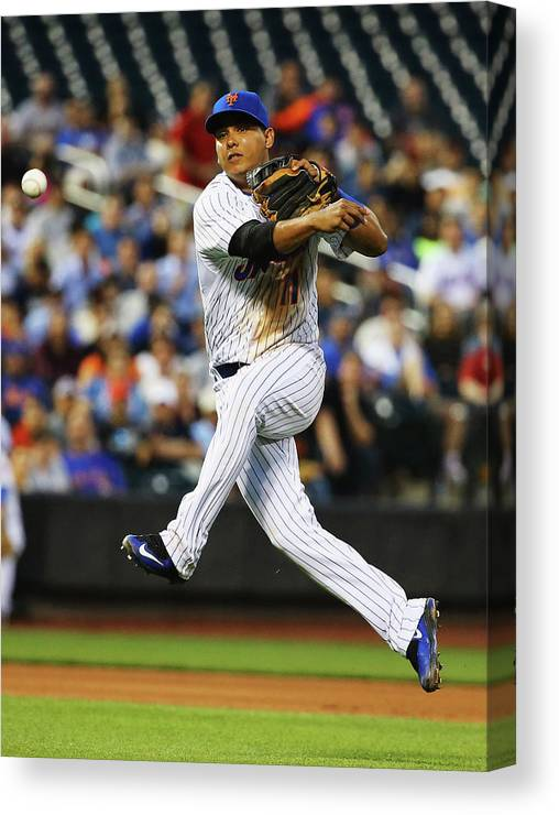 People Canvas Print featuring the photograph Ruben Tejada by Al Bello