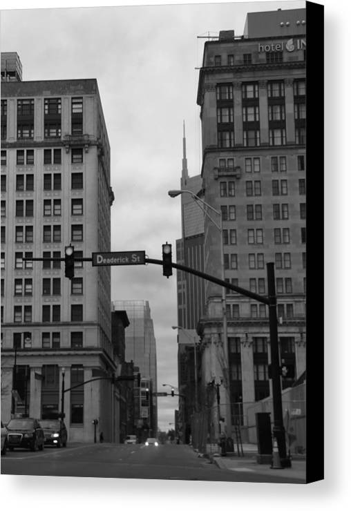 Downtown Nashville In Black And White Canvas Print featuring the photograph Downtown Nashville In Black And White by Dan Sproul