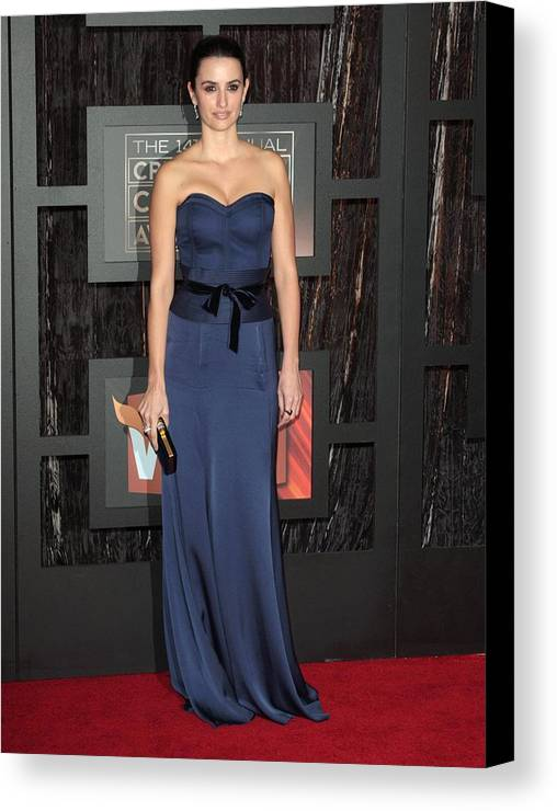 14th Annual Critics'' Choice Awards Canvas Print featuring the photograph Penelope Cruz At Arrivals For 14th by Everett