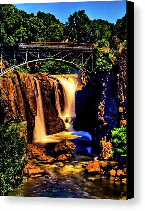 Great Falls Canvas Print featuring the photograph Paterson's Great Falls IIi by David Hahn