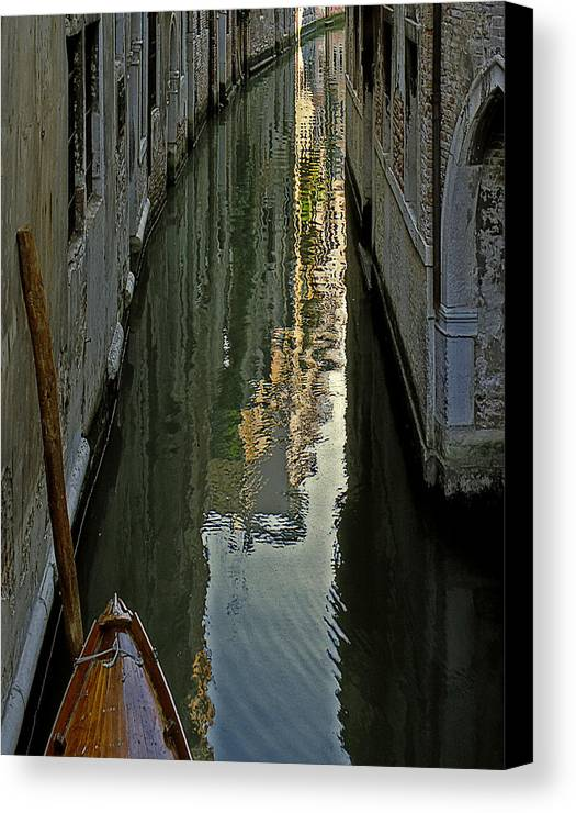 Canvas Print featuring the photograph Venice 3 by Victor Yekelchik