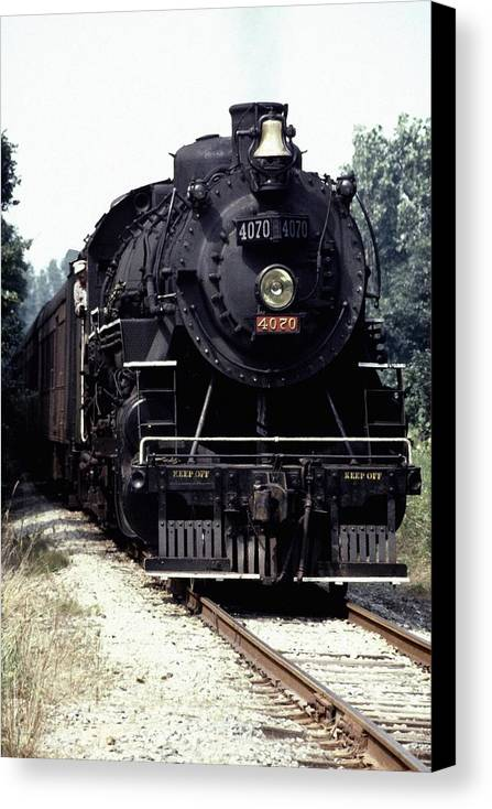 Train Canvas Print featuring the photograph 030907-54 by Mike Davis