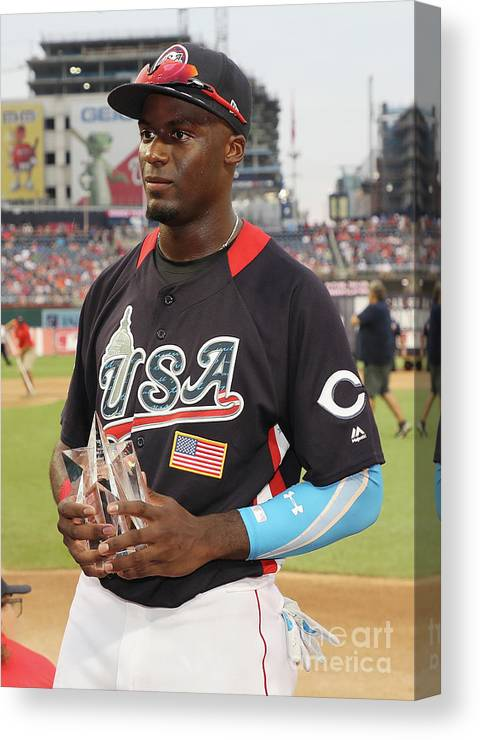 Three Quarter Length Canvas Print featuring the photograph Siriusxm All-star Futures Game by Rob Carr