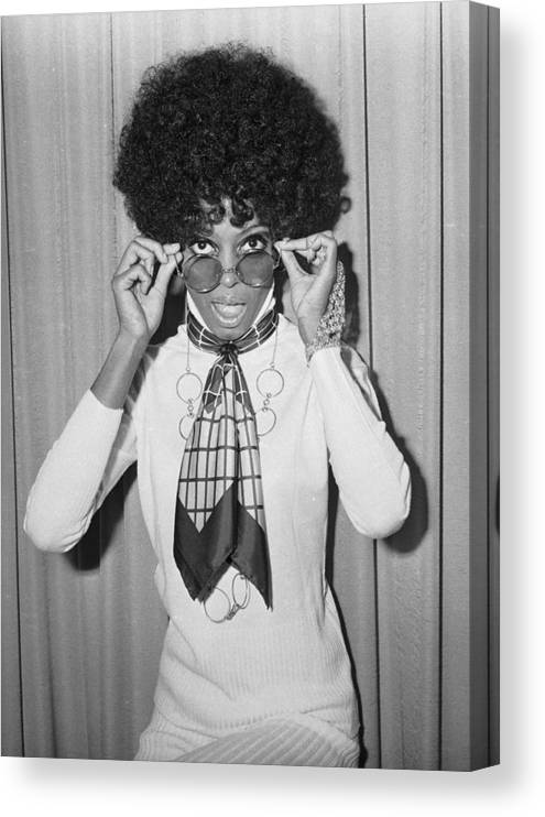 Singer Canvas Print featuring the photograph Diana Ross by Larry Ellis