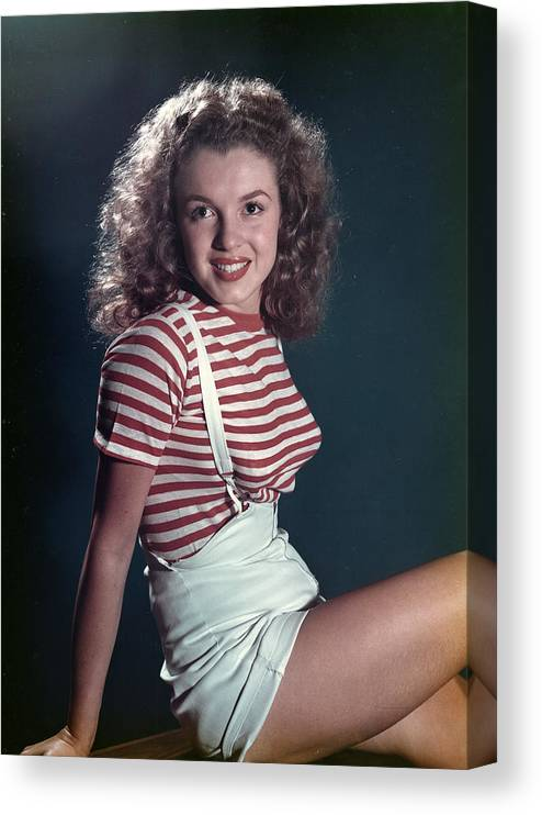 Marilyn Monroe Canvas Print featuring the photograph Early Marilyn Portrait by Michael Ochs Archives