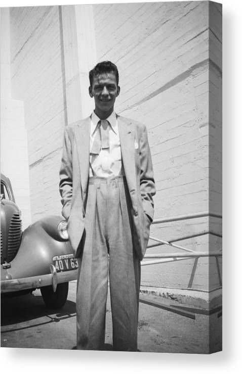 Singer Canvas Print featuring the photograph Portrait In Los Angeles by Michael Ochs Archives