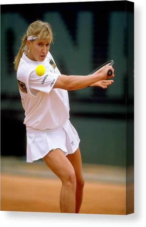 Tennis Canvas Print featuring the photograph Steffi Graf by Simon Bruty