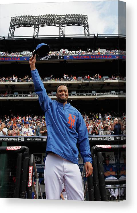 Crowd Canvas Print featuring the photograph Johan Santana by Mike Stobe