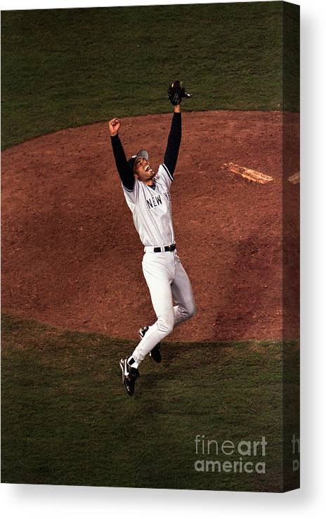 Relief Canvas Print featuring the photograph Mariano Rivera by Vincent Laforet
