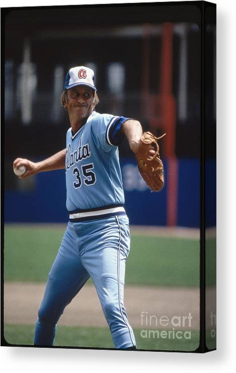 1980-1989 Canvas Print featuring the photograph Phil Niekro by Rich Pilling