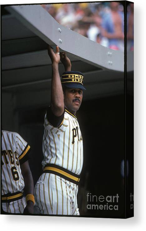 National League Baseball Canvas Print featuring the photograph Willie Stargell by Rich Pilling