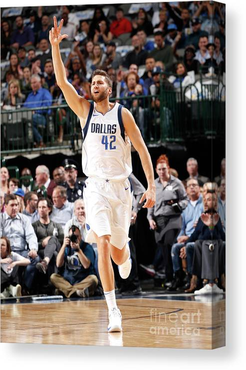 Nba Pro Basketball Canvas Print featuring the photograph Maxi Kleber by Glenn James