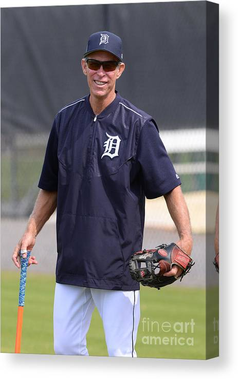 Three Quarter Length Canvas Print featuring the photograph Alan Trammell by Mark Cunningham