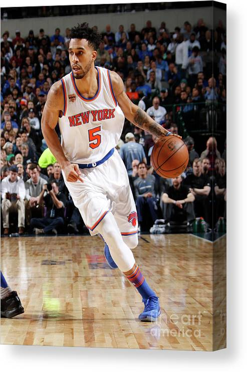 Nba Pro Basketball Canvas Print featuring the photograph Courtney Lee by Danny Bollinger