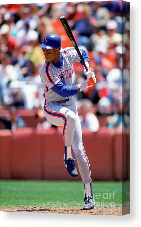 Sports Bat Canvas Print featuring the photograph Darryl Strawberry by Michael Zagaris