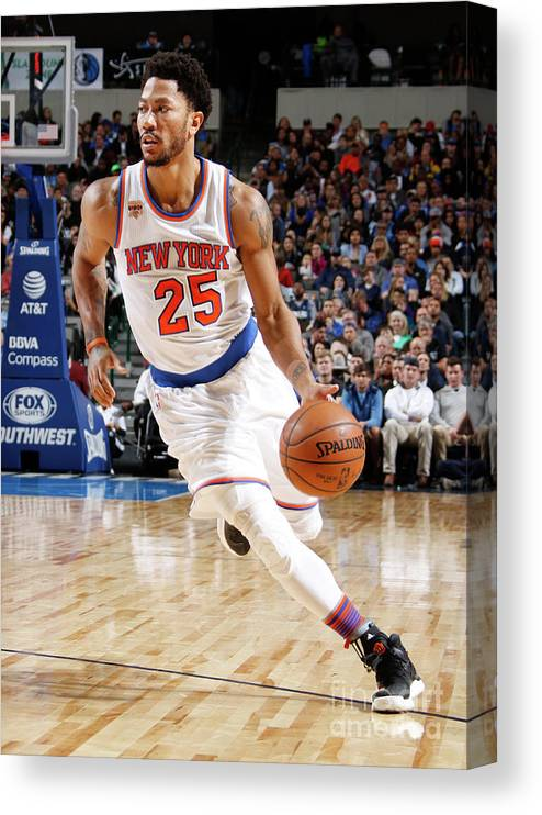 Nba Pro Basketball Canvas Print featuring the photograph Derrick Rose by Danny Bollinger