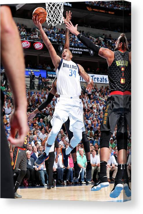 Nba Pro Basketball Canvas Print featuring the photograph Devin Harris by Danny Bollinger