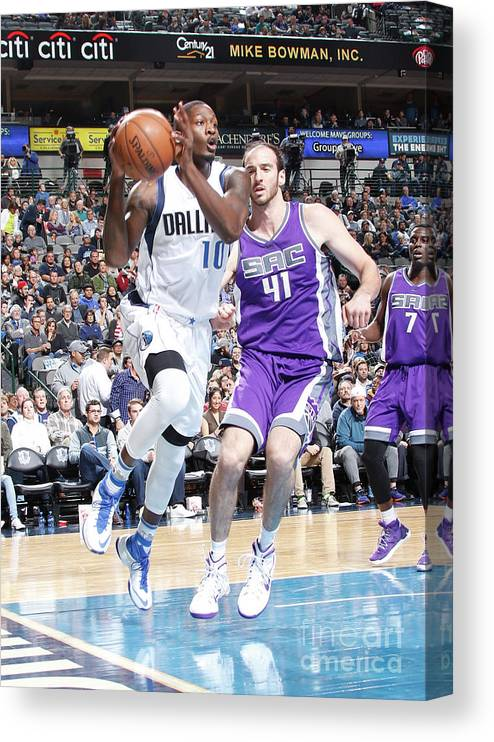 Nba Pro Basketball Canvas Print featuring the photograph Dorian Finney-smith by Danny Bollinger