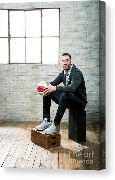 Nba Pro Basketball Canvas Print featuring the photograph Frank Kaminsky by Nathaniel S. Butler