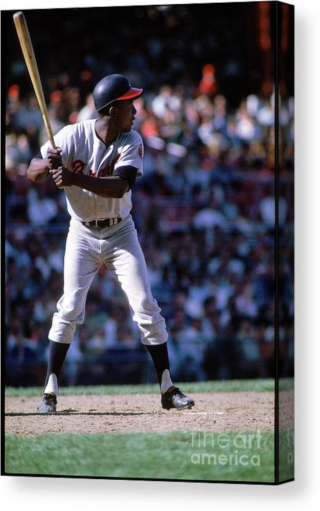 Home Base Canvas Print featuring the photograph Hank Aaron by Mlb Photos