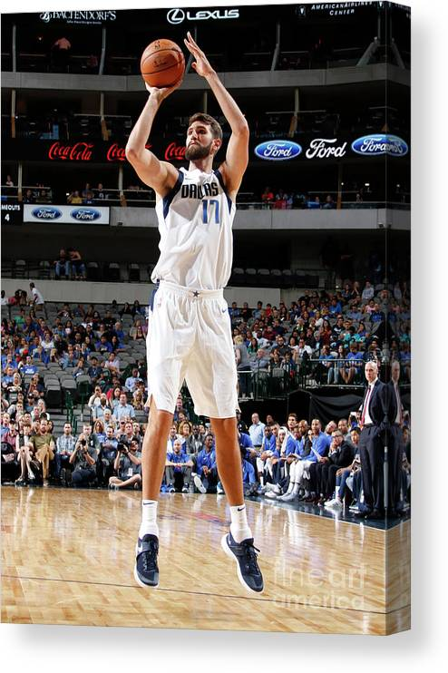 Nba Pro Basketball Canvas Print featuring the photograph Jeff Withey by Danny Bollinger