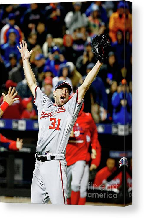 Three Quarter Length Canvas Print featuring the photograph Max Scherzer by Al Bello
