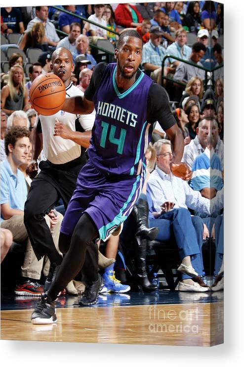 Sport Canvas Print featuring the photograph Michael Kidd-gilchrist by Danny Bollinger