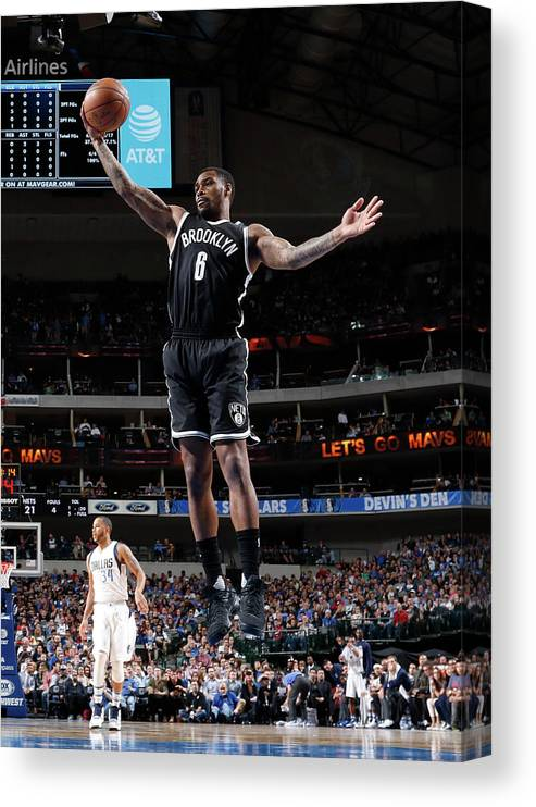 Nba Pro Basketball Canvas Print featuring the photograph Spencer Dinwiddie by Glenn James