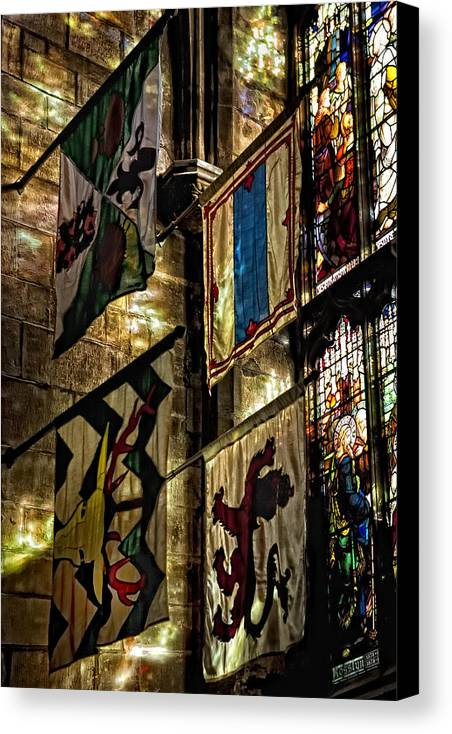 St. Giles Cathedral Canvas Print featuring the photograph St. Giles Cathedral Edinburgh by Jim Dohms