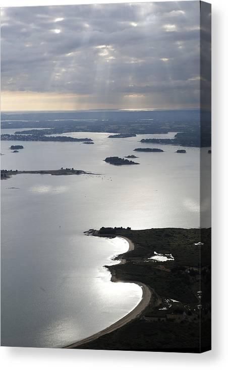 Bretagne Canvas Print featuring the photograph Gulf Of Morbihan, Vannes by Laurent Salomon