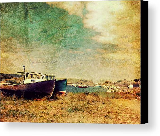 Grunge Canvas Print featuring the photograph Boat Dreams On A Hill by Tracy Munson