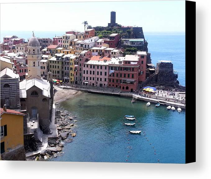 Italy Canvas Print featuring the photograph Cinque Terres 9 by Brian McCullough