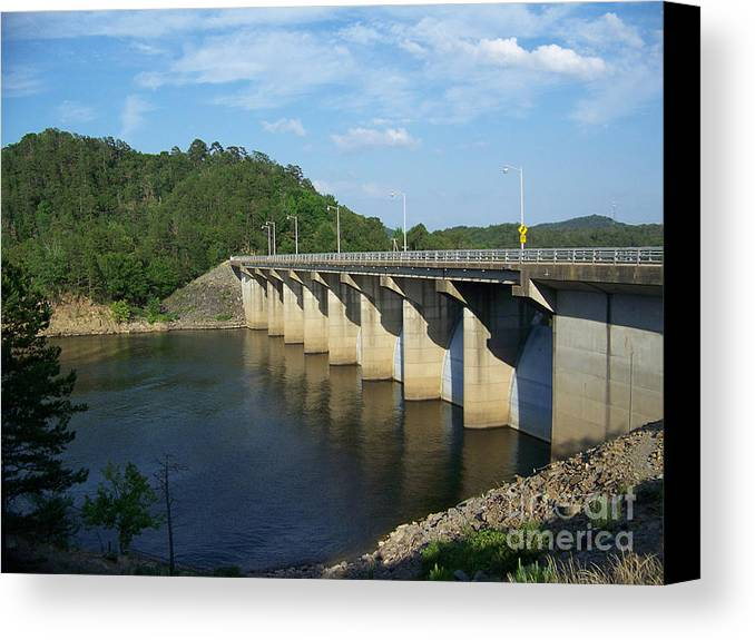 Arkansas Canvas Print featuring the photograph Damn Wall by Hilton Barlow