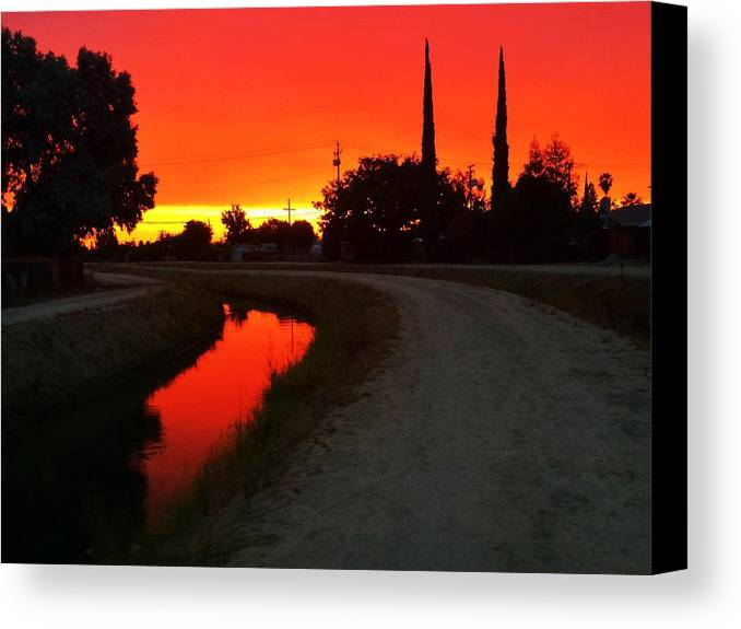 Orange Sky Canvas Print featuring the photograph Dreamset by Nathan Ragsdale