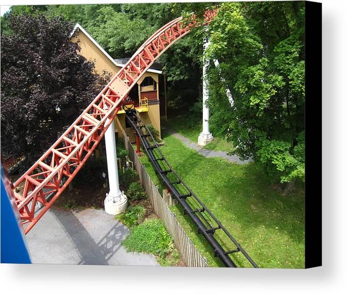 Hershey Canvas Print featuring the photograph Hershey Park - Storm Runner Roller Coaster - 12121 by DC Photographer
