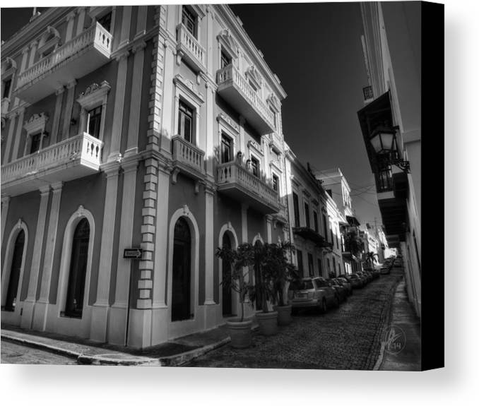 Puerto Rico Canvas Print featuring the photograph Puerto Rico - Old San Juan 004 Bw by Lance Vaughn