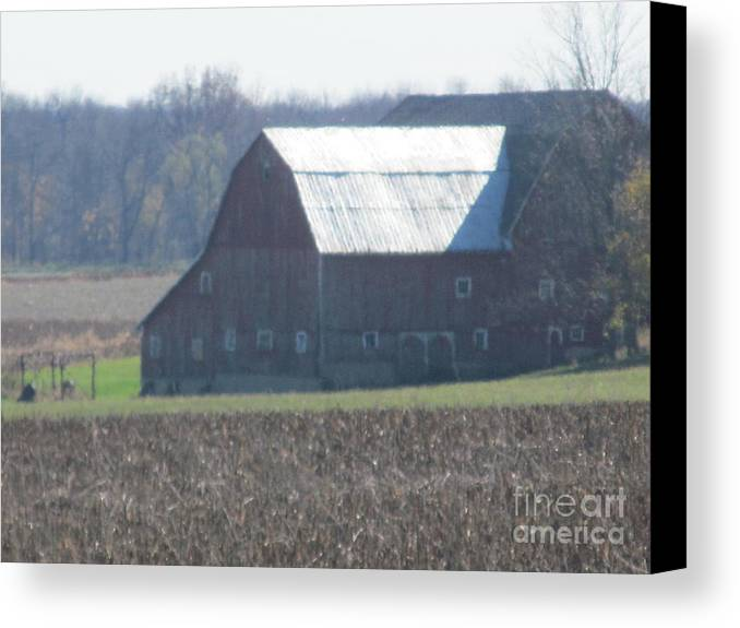 Barn Canvas Print featuring the photograph Secluded Barn by Tina M Wenger