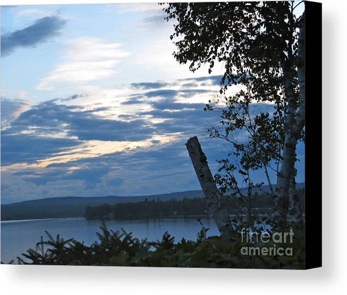 Water Canvas Print featuring the photograph Still And Quiet by Brenda Ketch