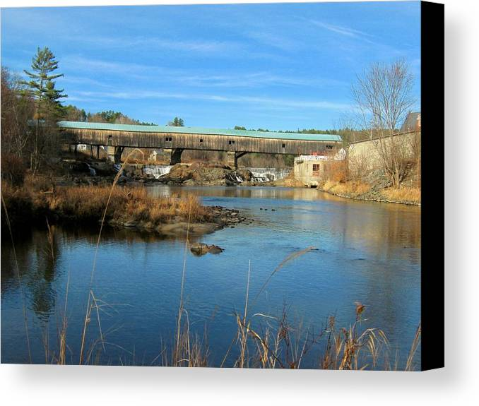 Nh Canvas Print featuring the photograph Bath Covered Bridge by Wayne Toutaint