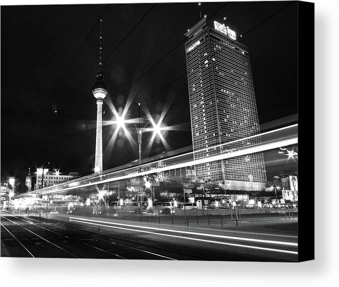 Horizontal Canvas Print featuring the photograph Berlin Alexanderplatz At Night by Bernd Schunack